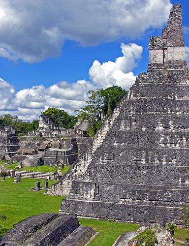 mayas-guatemala.jpg
