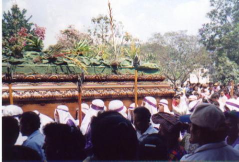 guatemala-procesion.jpg