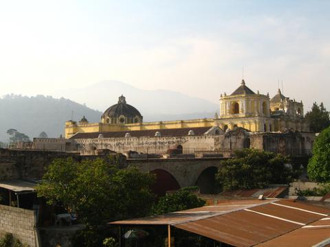 guatemala-turistas.jpg