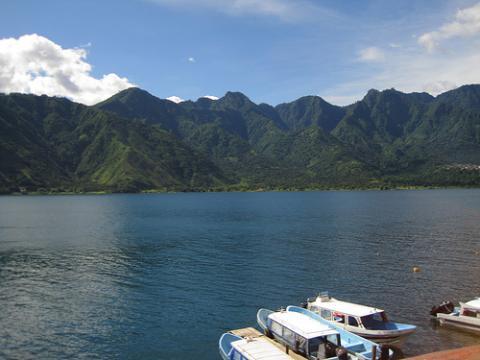 guatemala-lago.jpg