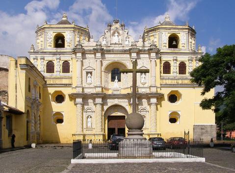 iglesia-guatemala.jpg